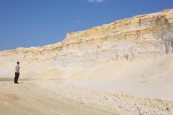 Чем отличается кварцевый песок от обычного